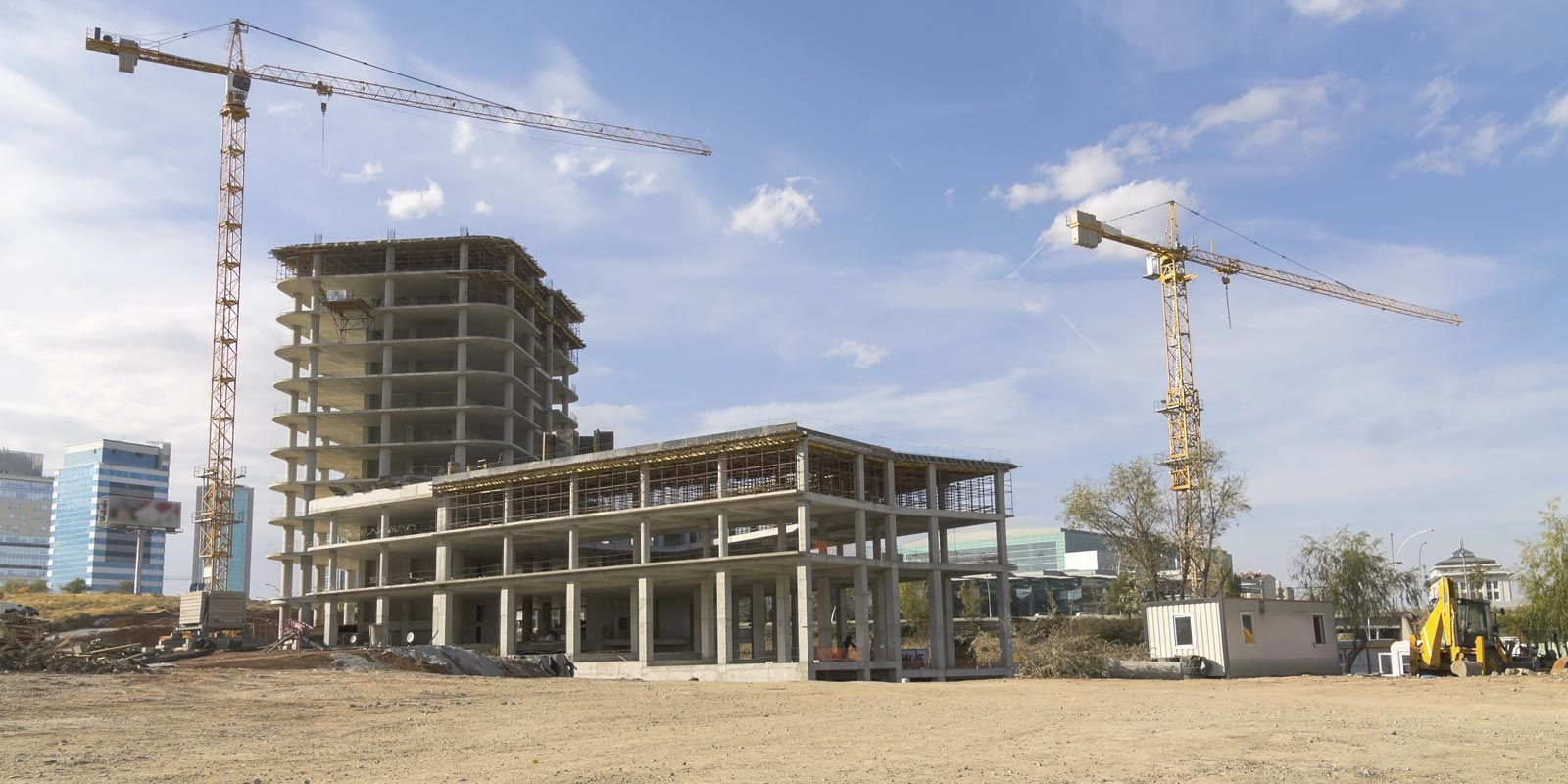 a construction site that is compliant with construction law